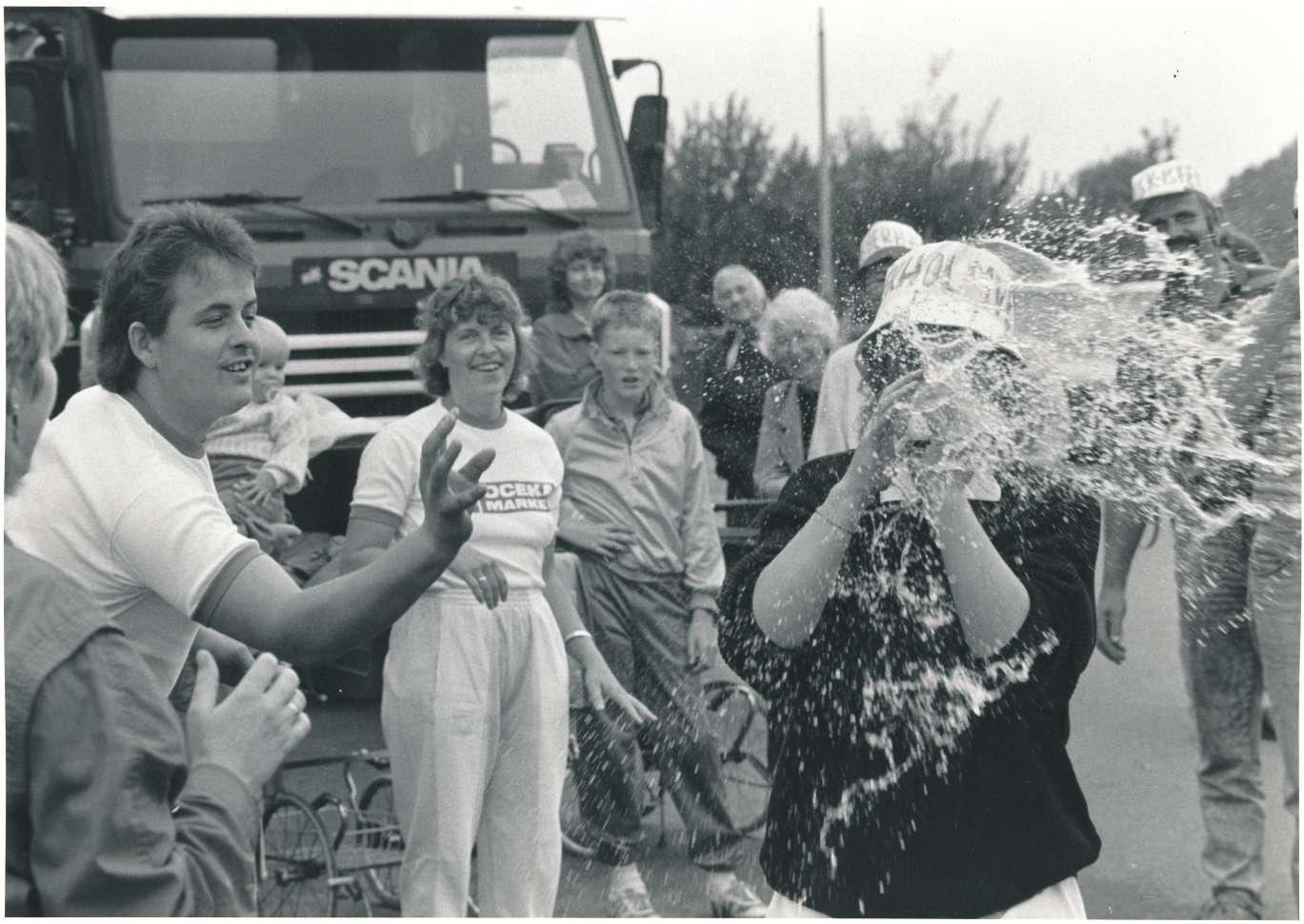 1989 august 13 Spil uden grænser Judith Nielsen ? fra højre Nis P. Nielsen (c) Smedegård